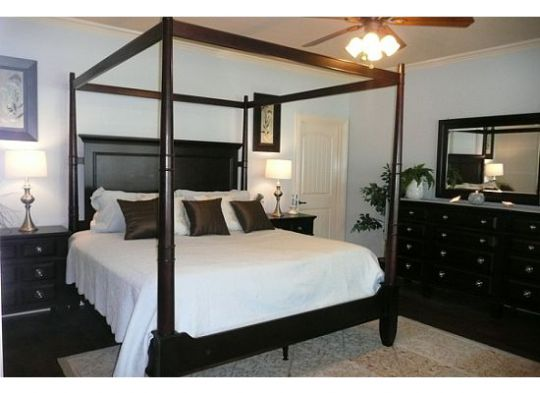 spa like master bedroom overlooking lake huge private bath with